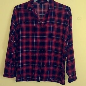 Forever 21 Front Tie Long Sleeve Crop Top
